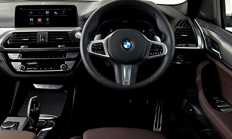 พวงมาลัย BMW X3 xDrive30e M Sport