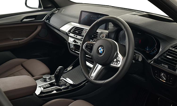 ดีไซน์ด้านใน BMW X3 xDrive30e M Sport
