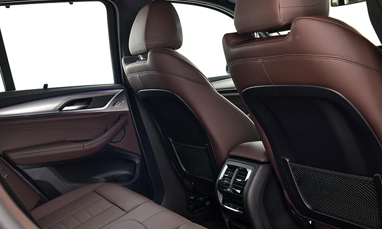 ช่องแอร์ด้านหลัง BMW X3 xDrive30e M Sport