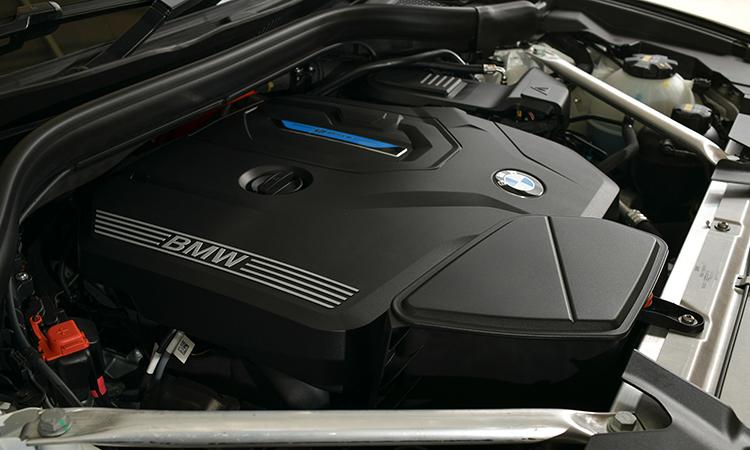 เครื่องยนต์ BMW X3 xDrive30e M Sport