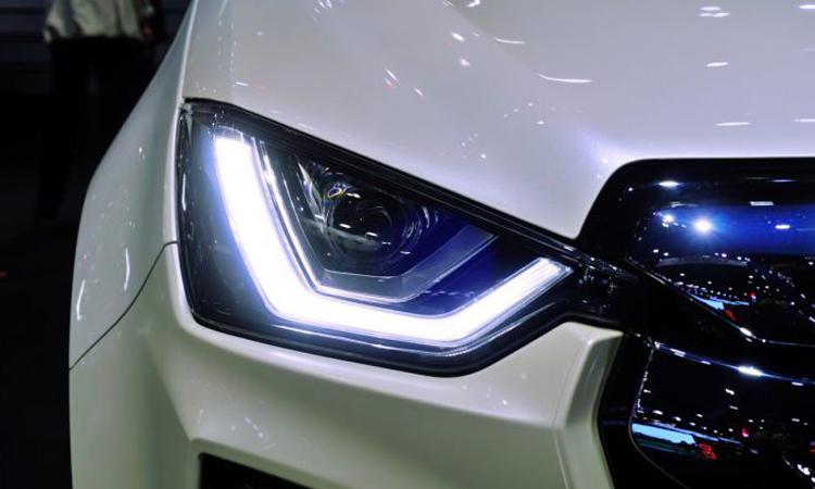ไฟหน้า Isuzu D-Max 2020