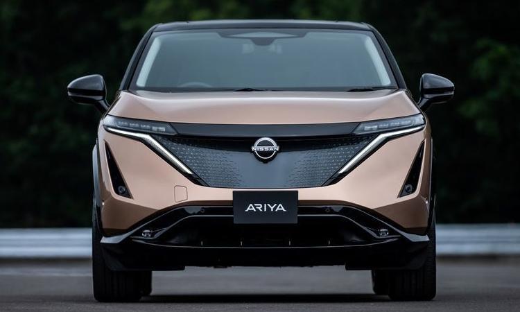 กระจังหน้า Nissan Ariya