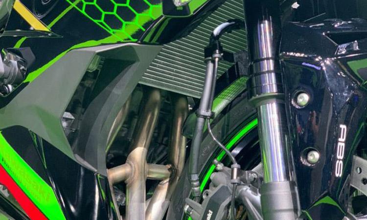 โชคหน้า Kawasaki ZX-25R
