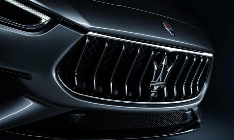 กระจังหน้า Maserati Ghibli Hybrid 2020