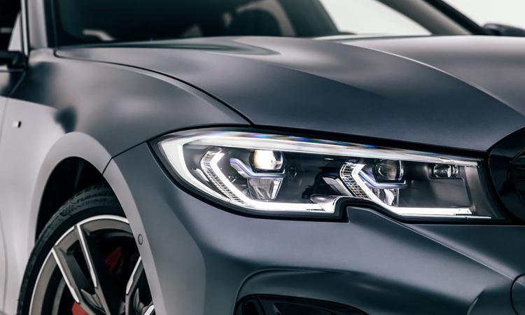 ไฟหน้า BMW M340i xDrive Touring First Edition