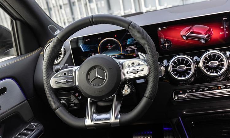 ภายใน Mercedes-AMG GLA45 2021