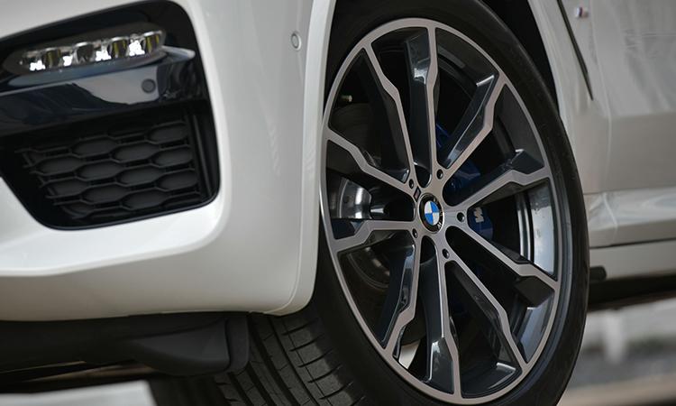 ล้อแม็กซ์ BMW X3 xDrive30e M Sport