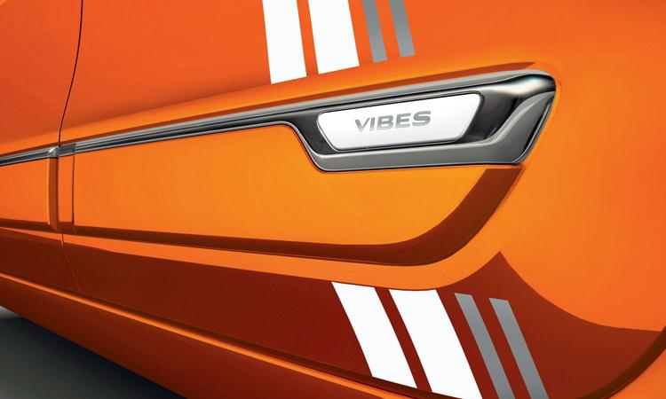 แถบข้าง Renault Twingo Z.E Vibes
