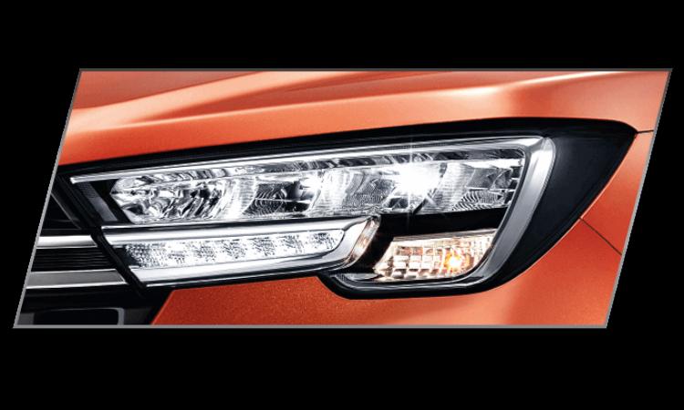 ไฟหน้า Suzuki XL7 2020