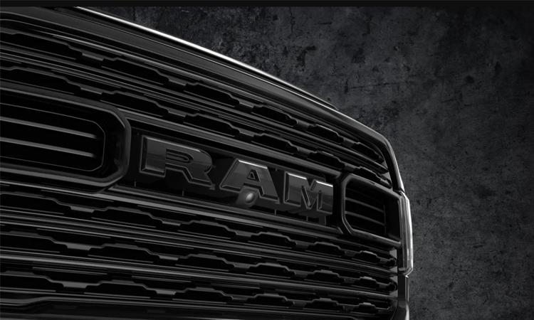 กระจังหน้า RAM Heavy Duty Limited Black Edition