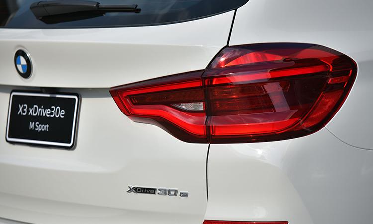 ไฟท้าย BMW X3 xDrive30e M Sport