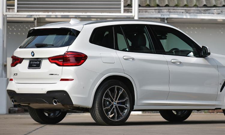 ดีไซน์หลัง BMW X3 xDrive30e M Sport
