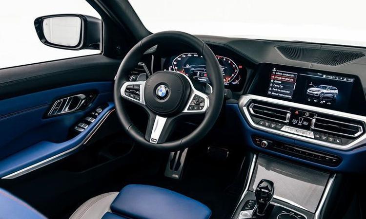 ภายใน BMW M340i xDrive Touring First Edition
