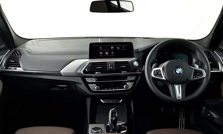ภายใน BMW X3 xDrive30e M Sport