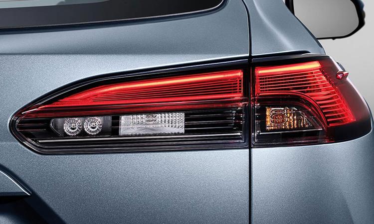 ไฟท้าย Toyota Corolla CROSS