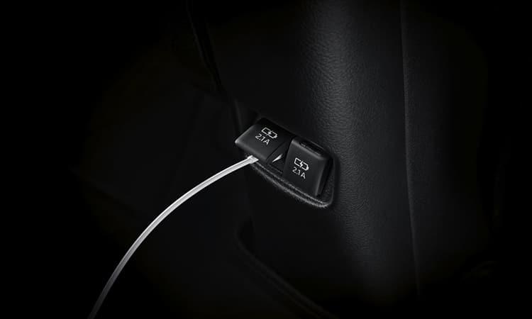 ช่องเสียบ USB Toyota Yaris ATIV Minorchange