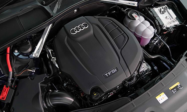 เครื่องยนต์ Audi A4 Avant 45 TFSI quattro S-Line Black Edition