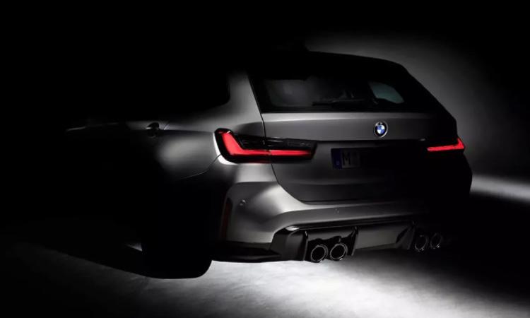 BMW M3 TOURING ครั้งแรกของยานยนต์ M POWER