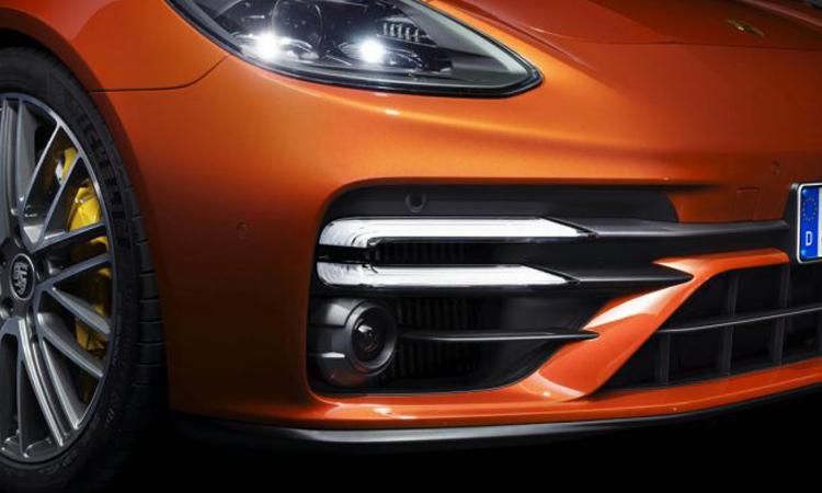 ไฟหน้า Porsche Panamera 2020