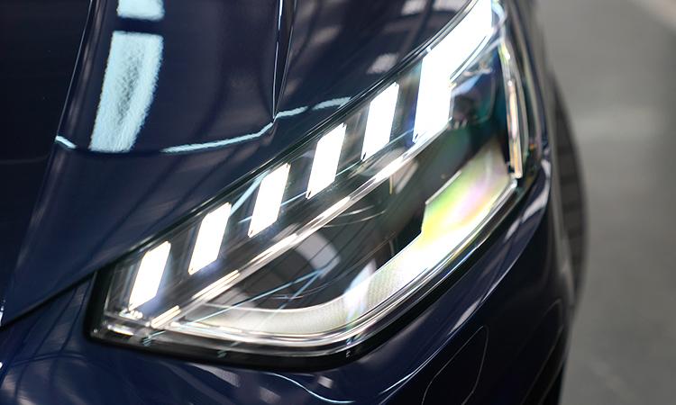 ไฟหน้า Audi A4 Avant 45 TFSI quattro S-Line Black Edition