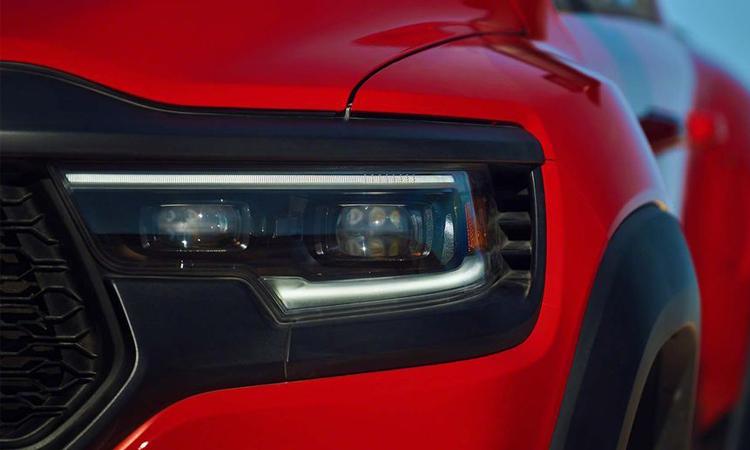 ไฟหน้า Ram 1500 TRX