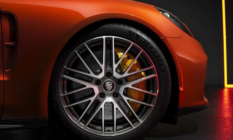 ล้อ Porsche Panamera 2020