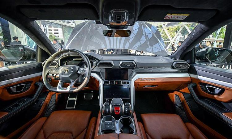 ภายใน Lamborghini Urus