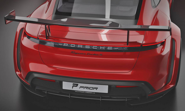 ท้าย Porsche Taycan Turbo S