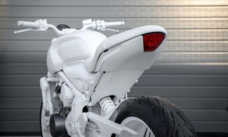 ท้าย Triumph Trident Design Prototype