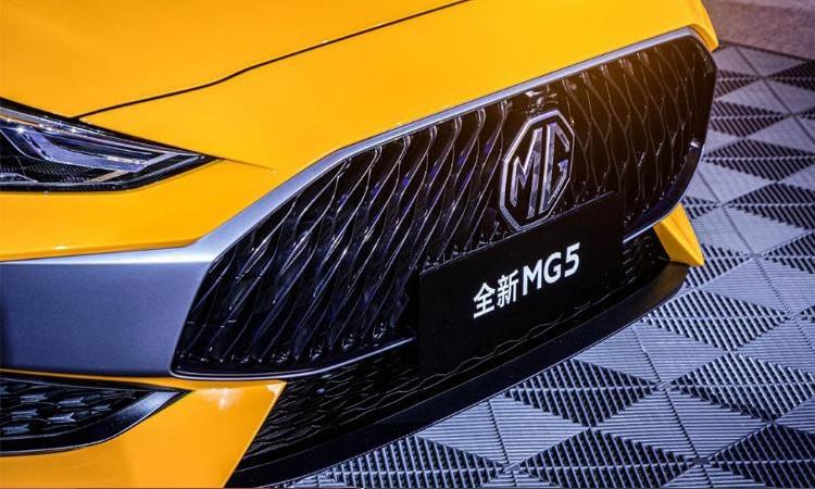 All New MG 5 ปรับ Sedan Coupe' 4 ประตู เตรียมถล่มยอดขายด้วยรถ SUV 1