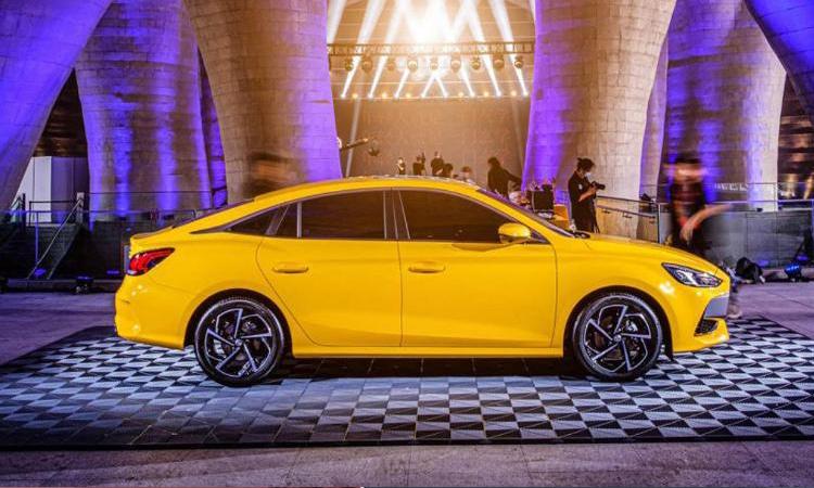All New MG 5 ปรับ Sedan Coupe' 4 ประตู เตรียมถล่มยอดขายด้วยรถ SUV 2